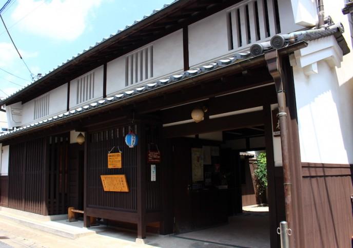 格子の家1